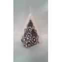 Lumanare piramida alb-negru