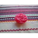 Trandafiri cu parfum rose